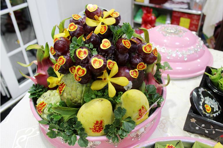 Quả trái cây ngủ quả có nho (5 loại trái cây tốt nhất trang trí hoa tươi)